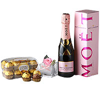 This gift of Special Pink Rose   MOET Gift Box whi...