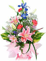 Beautiful Mix Flowers Bouquet on Valentine Day