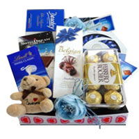 Send easter gifts to dubai low cost easter gifts delivery in dubai a classic gift this generous holly jolly chocolat negle Image collections